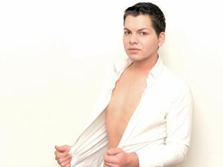 AaronCurtis adult webcam sex chat