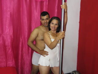 JacknEmmy live squirt show