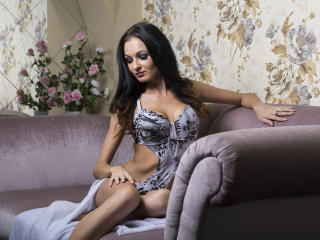 EroticIsabelle hot cam girl